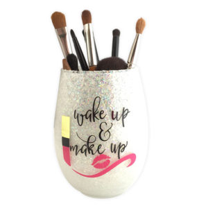 wake-up-make-up-holder